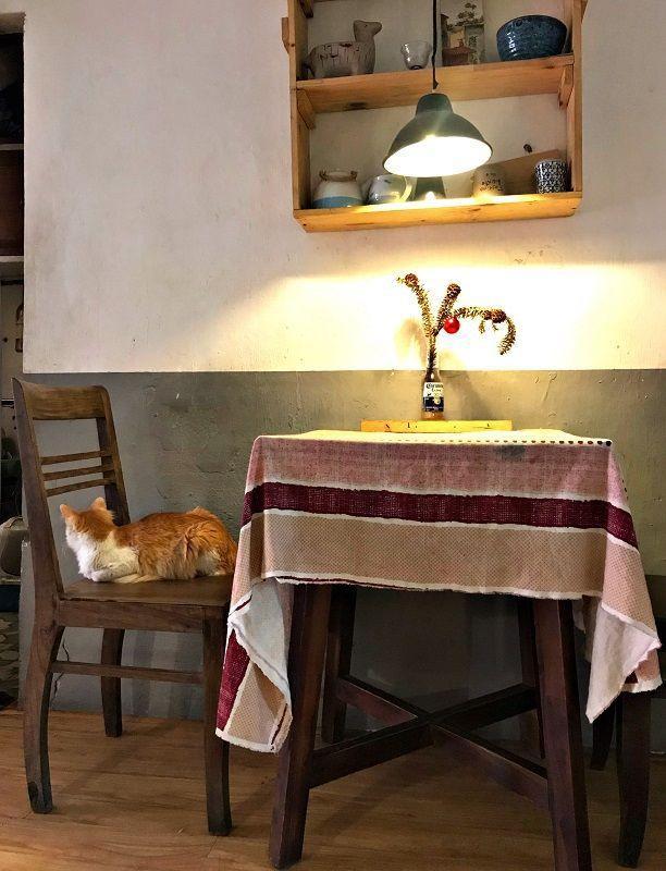 Chốn nhỏ an yên: Quán café độc đáo, không nhận khách vượt quá 4 người tại Hà Nội - 1