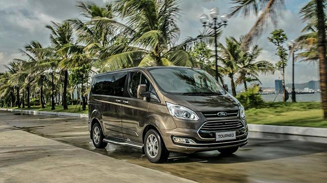 Ford Tourneo phiên bản nâng cấp chạy thử tại châu Âu - 5