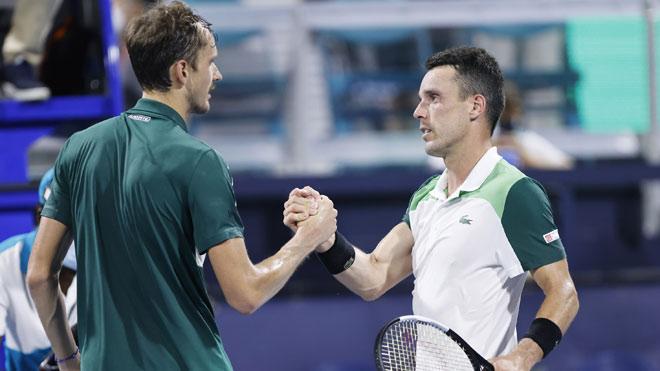 Video tennis Medvedev - Bautista Agut: Hung thần đáng sợ, kết cục choáng váng (Tứ kết Miami Open) - 1