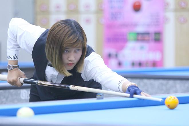 """Hot girl bi-a Việt Nam """"múa cơ"""" siêu đỉnh khiến cao thủ ngậm ngùi thua - 1"""