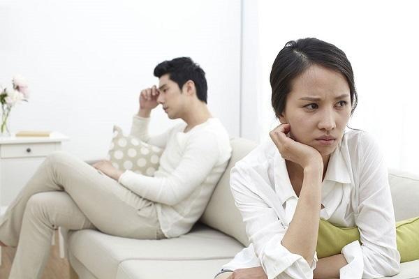 Chồng ngoại tình, vô trách nhiệm, tôi lại không thể ly hôn vì lý do quá giá trị - 1