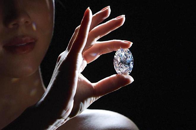 Nghiên cứu ra kim cương giá trị hơn cả kim cương tự nhiên - 1