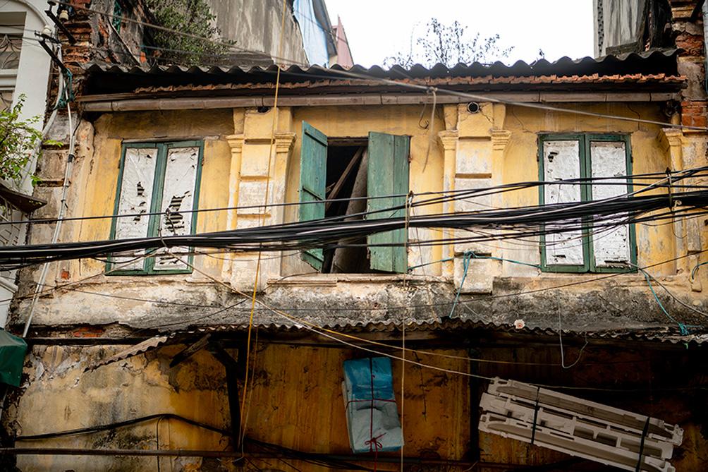 """Biệt thự cũ nát, nhà cổ chờ sập đếm không xuể ở """"Hà Nội 36 phố phường"""" - 12"""