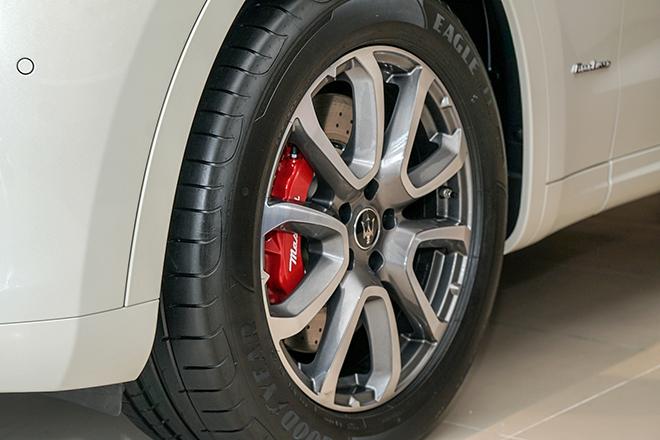 Chi tiết Maserati Levante Granlusso độc đáo tại Việt Nam - 8