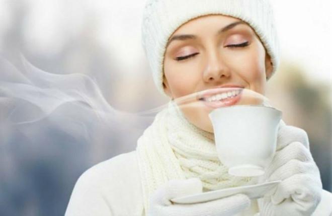 Uống 2 cốc nước ấm vào thời điểm này, chắc chắn điều kỳ diệu sẽ xảy ra với cơ thể bạn - 1