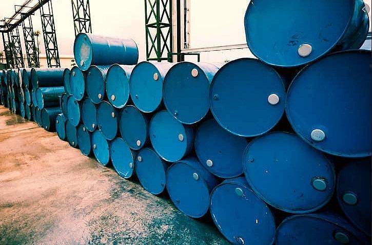 Giá dầu hôm nay 6/4: Tăng giữa lúc chờ kết quả từ cuộc đối thoại gián tiếp giữa Iran và Mỹ - 1