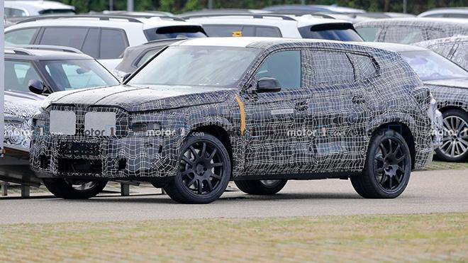 BMW X8 xuất hiện trên đường thử, dự đoán màn trở lại nhiều bất ngờ - 1