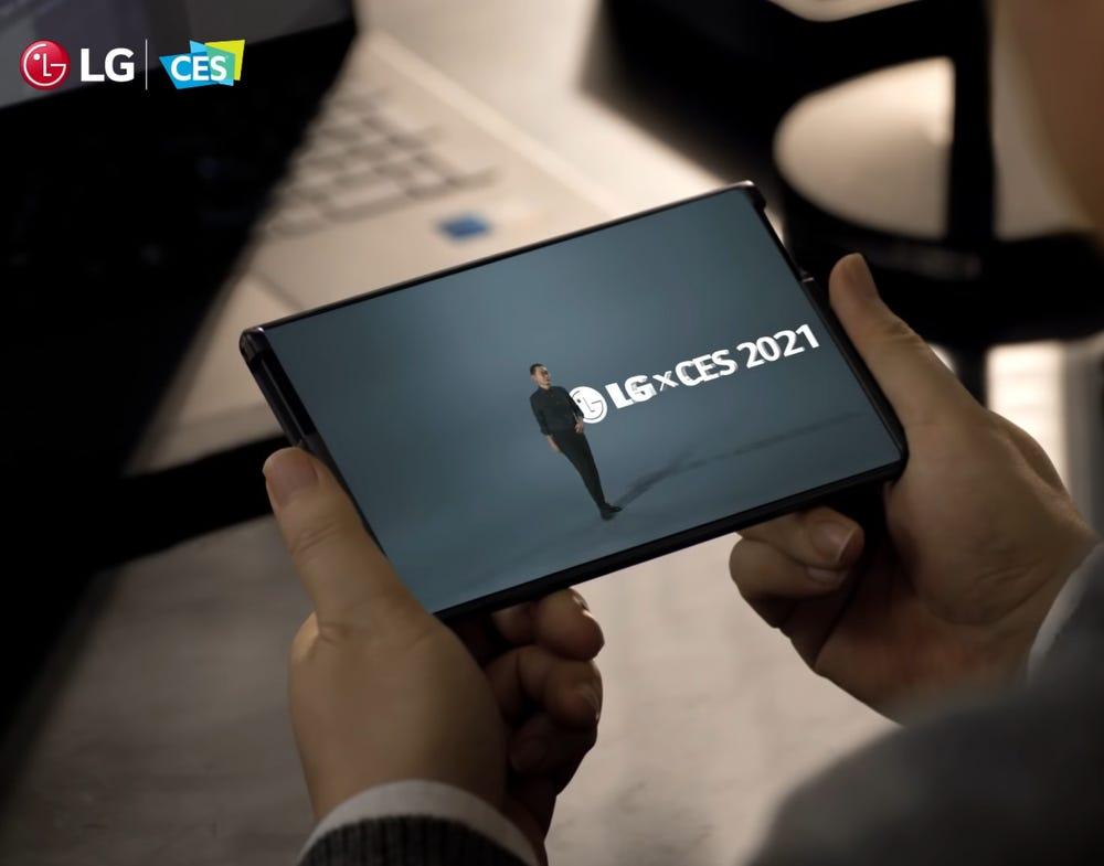 LG bất ngờ rút lui, Samsung và Apple dần độc chiếm lĩnh vực điện thoại thông minh - 1