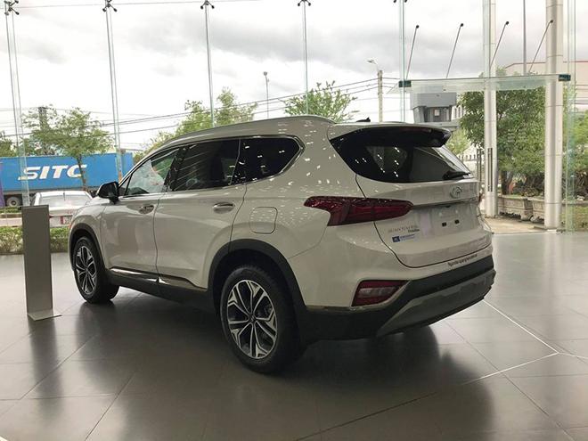 """Đại lý """"dọn kho"""" Hyundai Santa Fe, giảm giá tới hơn 80 triệu đồng - 5"""
