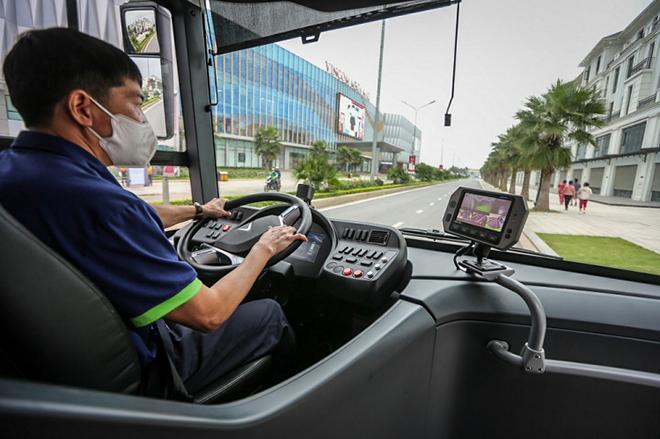 Xe VinBus chính thức đi vào hoạt động tại Hà Nội - 6