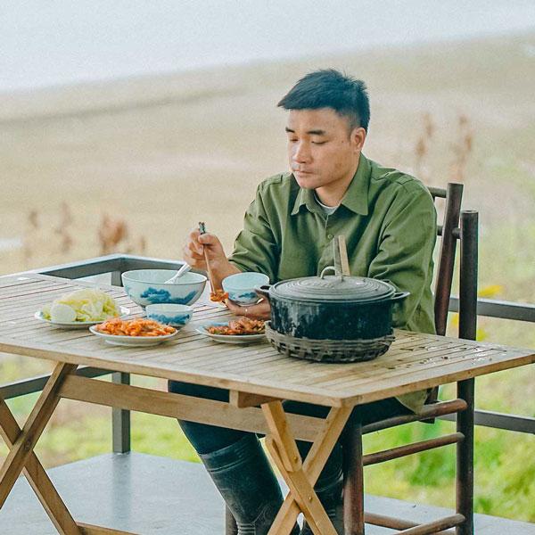 """""""Anh Nông Dân"""" làm Tiktok thu hút triệu view nhờ những món ăn dân dã - 1"""