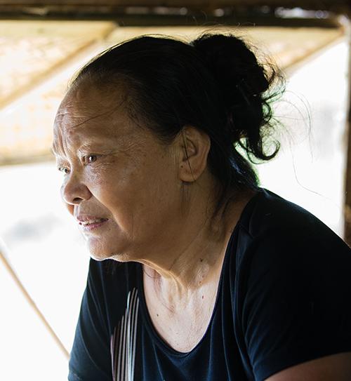 Thu nhập 60 nghìn/ngày: Cuộc sống của lao động nghèo dưới chân cầu Long Biên như thế nào? - 12
