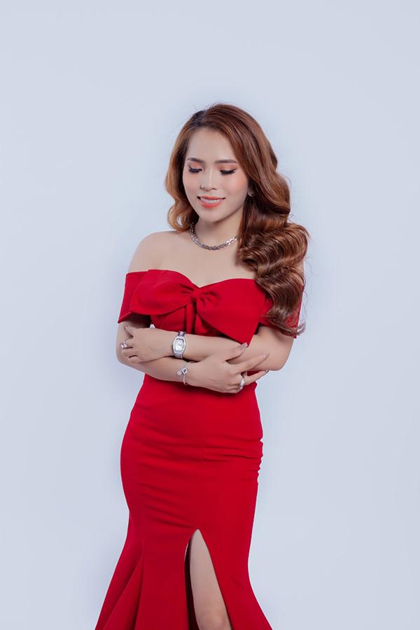 9x Lê Thị Khánh Ly khởi nghiệp và thành công từ kinh doanh online thời trang cho phụ nữ Việt - 1