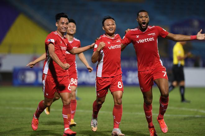 Công Phượng và dàn SAO ĐT Việt Nam tỏa sáng, thầy Park hoan hỉ ở vòng 8 V-League - 1