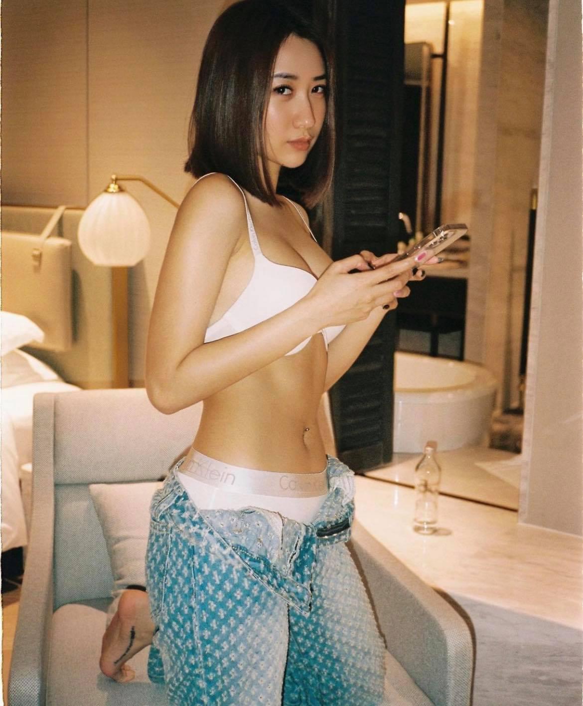 Cô chủ shop Hà thành giữ dáng đỉnh cao để làm mẫu ảnh, mặc gì cũng xinh - 1