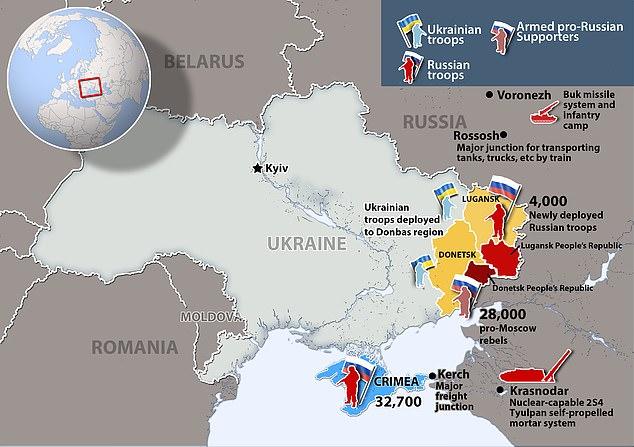 Toàn cảnh quân đội Nga áp sát biên giới Ukraine với hàng ngàn binh sĩ, xe tăng, tên lửa - 1