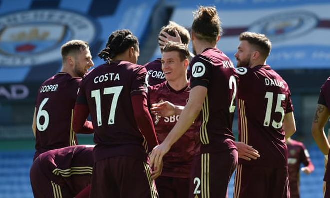 Video Man City - Leeds United: Phản đòn chí mạng, cú sốc phút 90+1 - 1