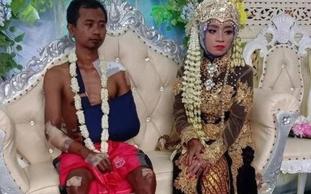 Bất ngờ gặp tai nạn, chú rể vẫn gắng gượng xuất hiện tại đám cưới, nhìn bộ dạng ai cũng xúc động - 1