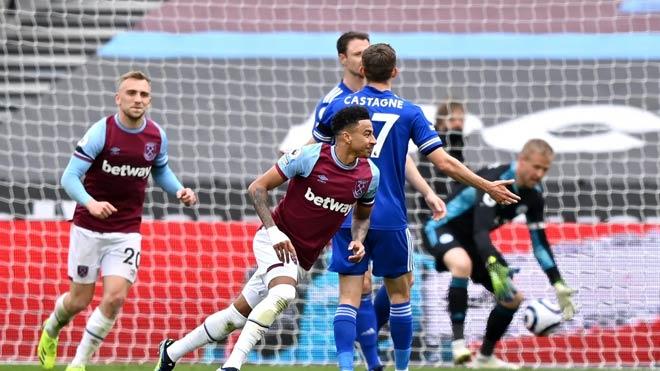 Video West Ham - Leicester: Lingard thăng hoa, hú hồn phút cuối - 1