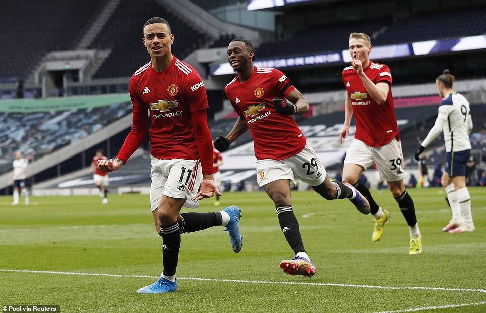 Greenwood gợi lại khoảnh khắc của Ronaldo, sắp ghi bàn vượt Rooney - 1