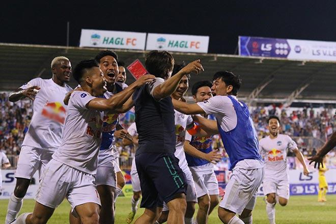 Vỡ òa HAGL bay cao trên bảng xếp hạng V-League:  Viettel bám sát, sắp đại chiến Hà Nội FC - 1