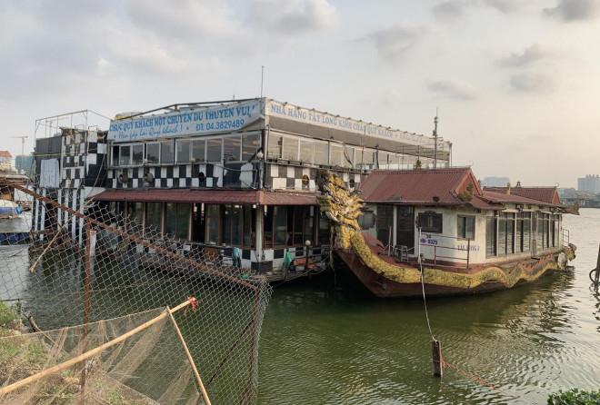 """Đột nhập """"nghĩa địa"""" du thuyền, nhà hàng nổi tiền tỷ trên hồ Tây - 1"""