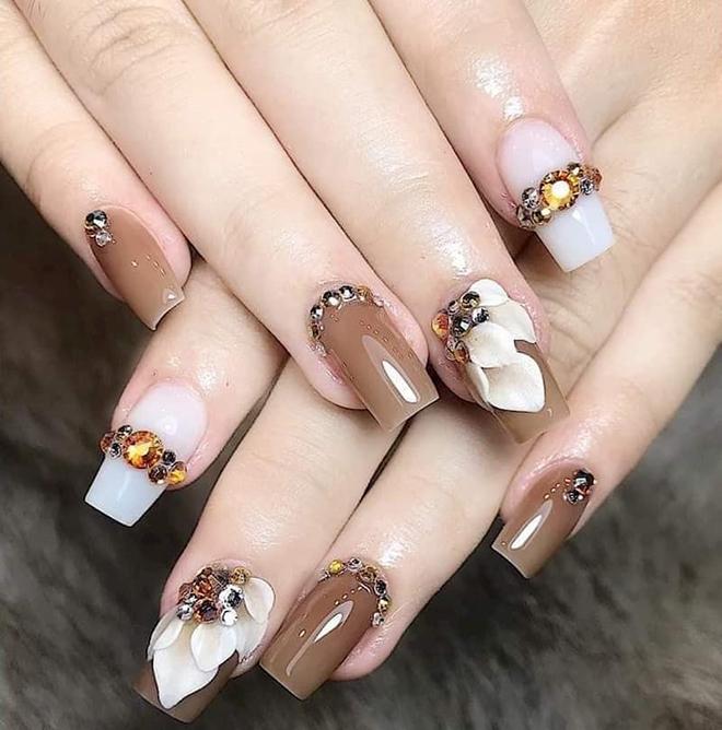 """Bí quyết để có những mẫu nails đẹp """"nức lòng"""" tại Hellen Bình Beauty Spa & Nails - 1"""