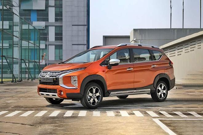 Giá xe Mitsubishi Xpander Cross lăn bánh tháng 4/2021 - 1