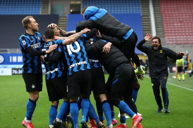 """Inter Milan """"đại chiến"""" Napoli, AC Milan và Juventus bám đuổi vòng 31 Serie A - 1"""
