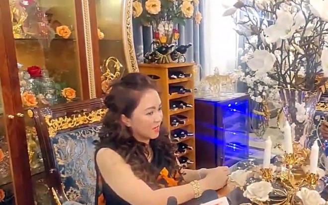 Bà Nguyễn Phương Hằng bị phạt vì phát ngôn sai sự thật - 1