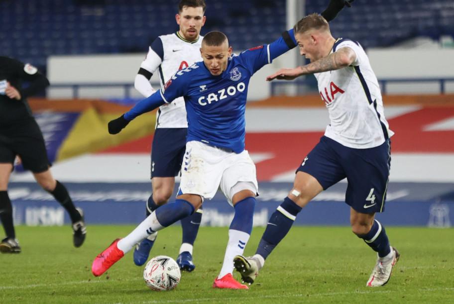Dự đoán tỉ số vòng 32 Ngoại hạng Anh: MU dễ thắng lớn, Tottenham đón cú hích - 1