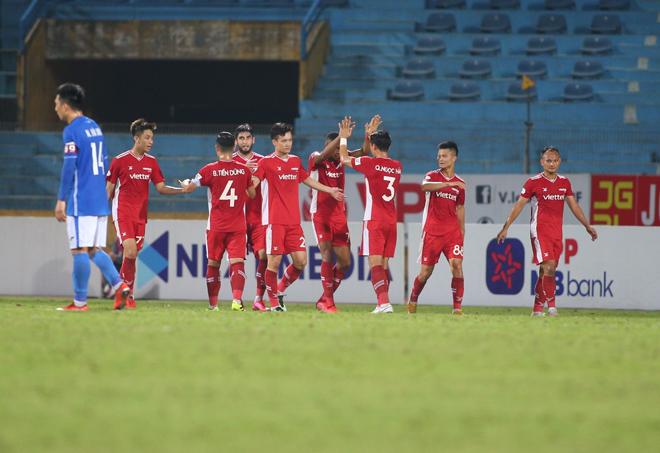 """""""Nhà vua"""" V-League thắng liền 5 trận, HLV Việt Hoàng tự tin đua vô địch với HAGL - 1"""