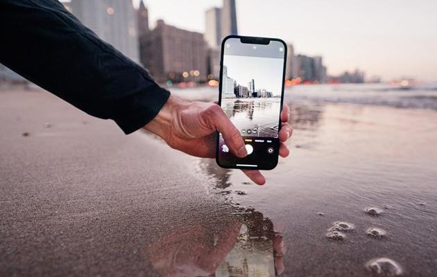 Giá iPhone 12 Pro Max: Giá biến động thế nào và đánh giá thông số - 11