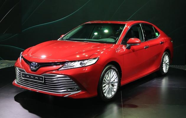 Giá xe Toyota mới nhất tháng 04/2021: Thông số xe và giá lăn bánh - 1