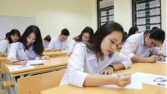 Bộ GD-ĐT lên tiếng việc các trường đại học tăng học phí năm học 2021 – 2022 - 1