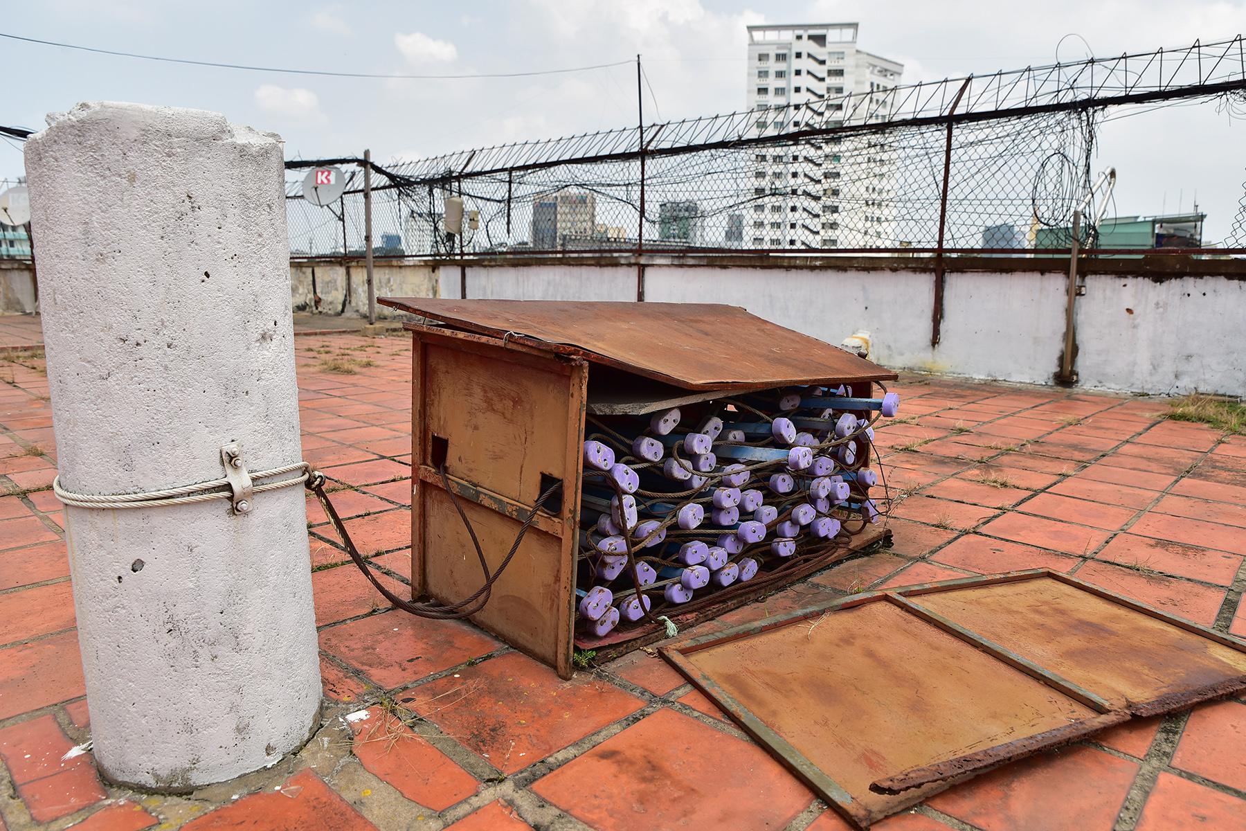 Ớn lạnh cảnh rác ngập ngụa trong các căn hộ chung cư ở phố Tây Sài Gòn - 17