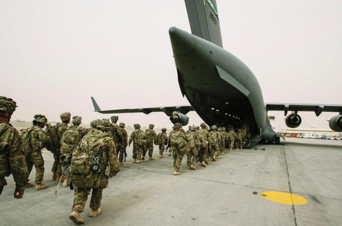 Rút khỏi Afghanistan, Mỹ sẽ dồn toàn bộ lực lượng vào Biển Đông? - 1