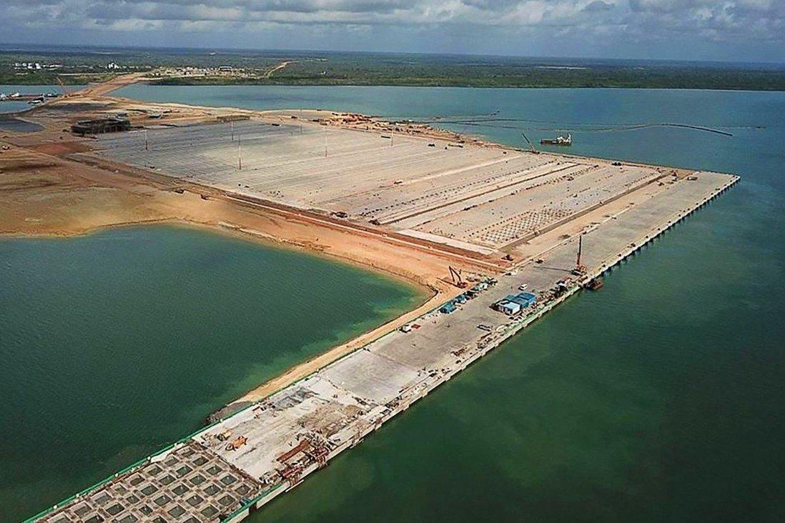 Trung Quốc đổ 25 tỷ USD tái tạo Con đường Tơ lụa cổ 600 năm ở châu Phi? - 1