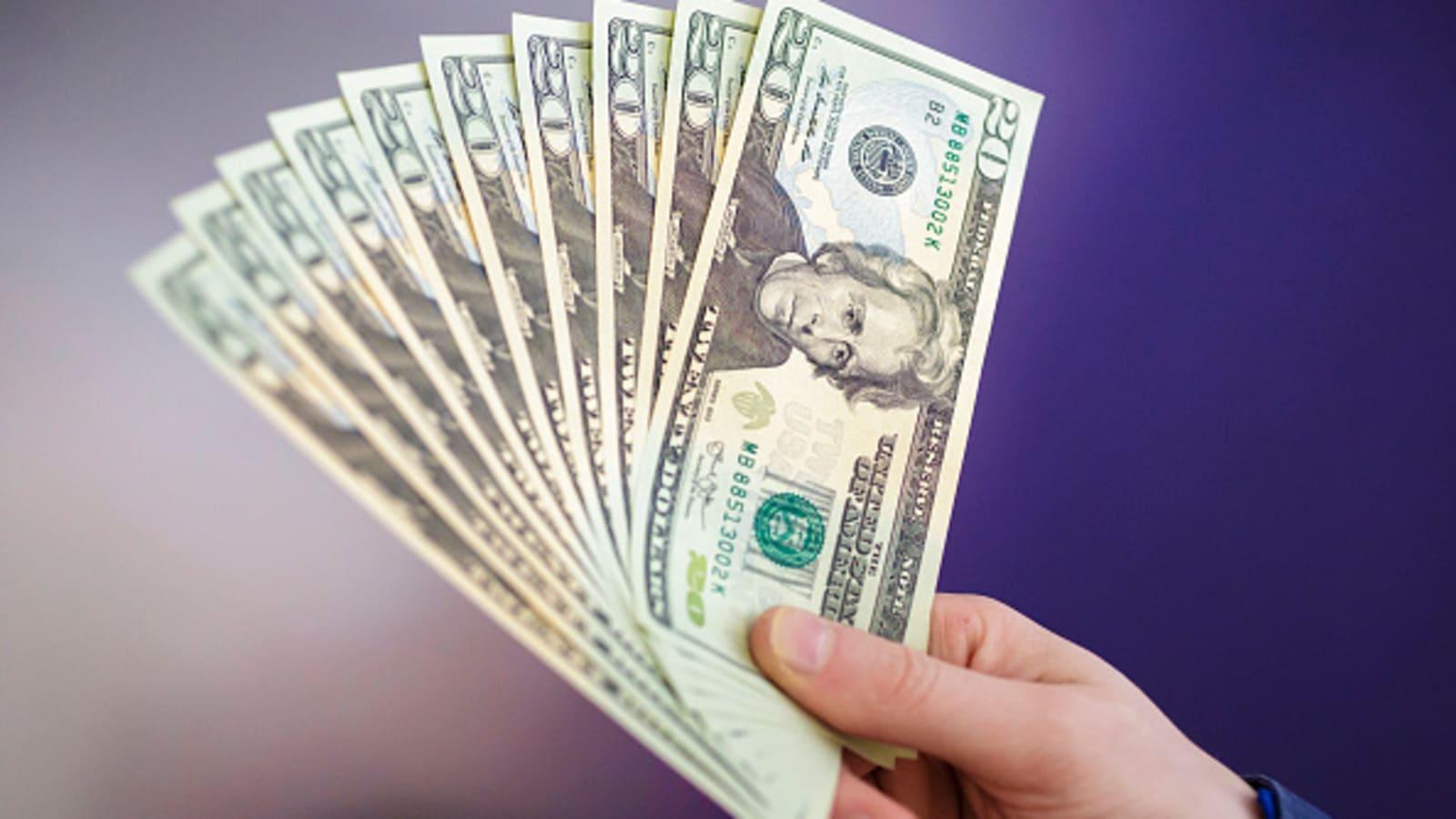 Tỷ giá USD hôm nay 20/4: Thiếu thông tin hỗ trợ, USD lại giảm giá - 1