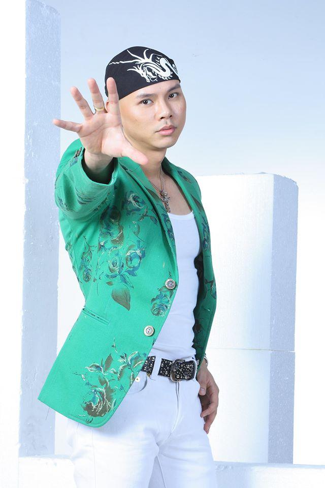 Phan Đinh Tùng giờ ra sao ở tuổi 46? - 1
