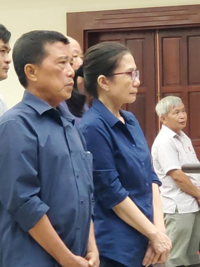 Ly kỳ giám định huyết thống cựu Giám đốc Agribank Bến Thành Nguyễn Thị Hoàng Oanh - 1