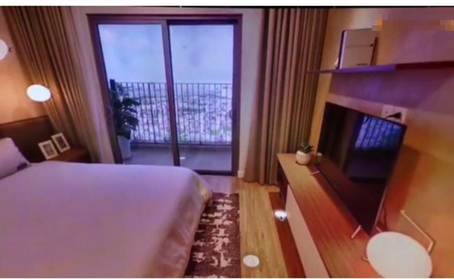 Ngoài căn nhà ở TP.HCM, Trấn Thành còn sở hữu một căn hộ rộng hơn 100m2, 3 phòng ngủ với giá 7,5 tỷ đồng, có view Hồ Tây. Theo lời Trấn Thành thì đây là căn hộ do anh tự thiết kế.