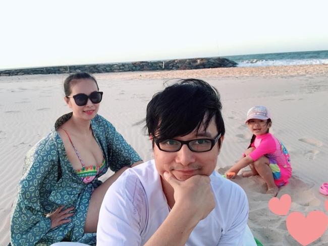 Trước khi về chung một nhà, Lê Kiều Như và nhạc sĩ Nguyễn Nhất Huy đã bên nhau nhiều năm. Dù lấy chồng hơn 8 tuổi song cặp đôi rất hòa hợp với nhau từ tính cách tới sở thích. Hiện, cô và chồng có cuộc sống hạnh phúc bên cô công chúa xinh xắn.