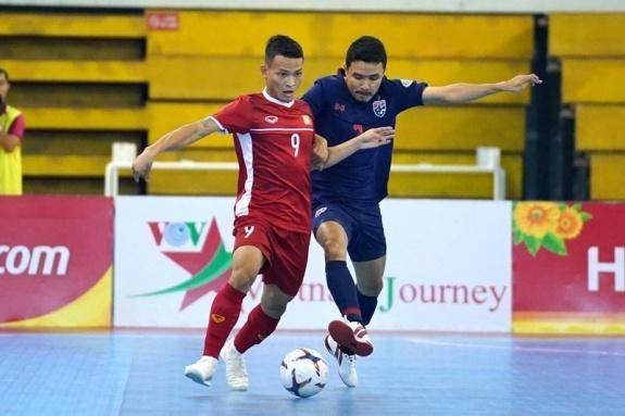Oan gia ngõ hẹp, bóng đá Việt Nam lại phải quyết đấu Thái Lan - 1