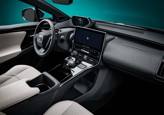Lộ diện concept xe điện Toyota bZ4X - 6