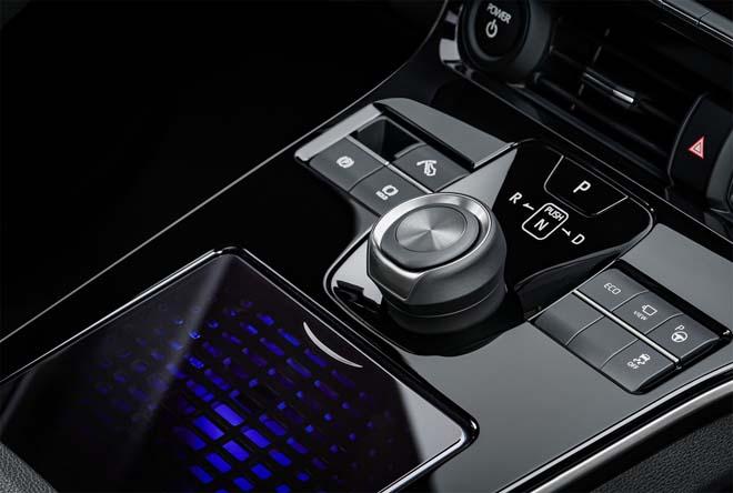 Lộ diện concept xe điện Toyota bZ4X - 7