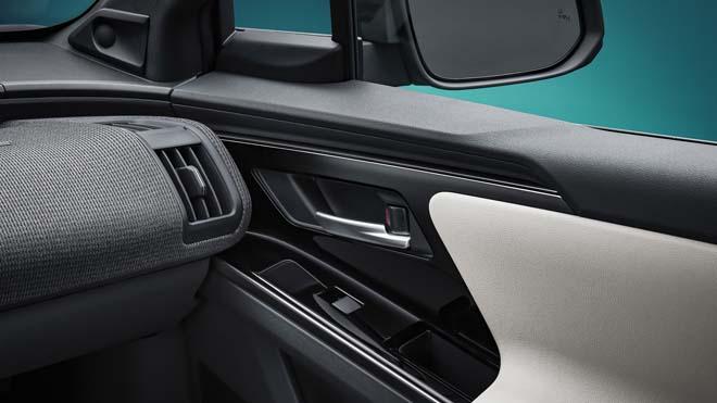 Lộ diện concept xe điện Toyota bZ4X - 9