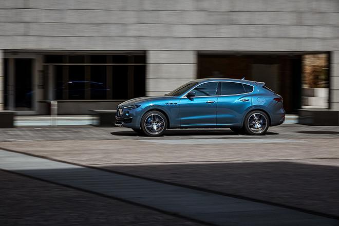 Maserati Levante lần đầu tiên được trang bị động cơ lai Hybrid - 9