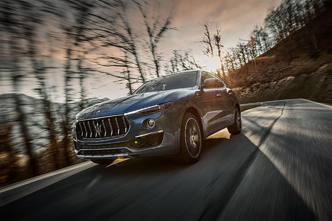 Maserati Levante lần đầu tiên được trang bị động cơ lai Hybrid - 10