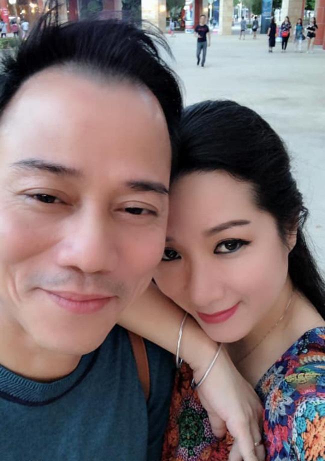 Thanh Thanh Hiền và Chế Phong từng có một mối tình đẹp, tuy nhiên cả hai đã chia tay sau 5năm gắn bó.